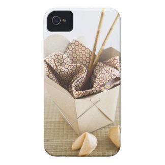 Envase y galletas de la suerte para llevar chinos iPhone 4 Case-Mate funda
