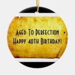 Envejecido al 40.o ornamento del cumpleaños de la  ornamentos de reyes magos