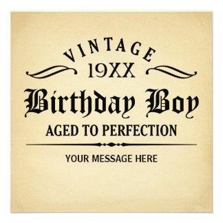 Envejecido al cumpleaños divertido de la perfecció invitaciones personales
