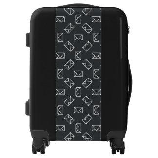 Envelope pattern luggage