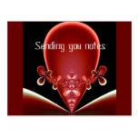 Enviándole la postal de las notas