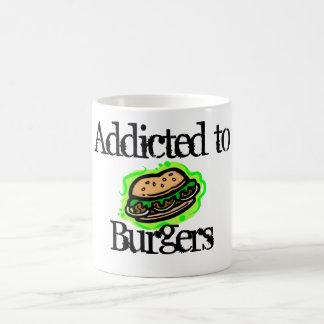 Enviciado a las hamburguesas taza básica blanca