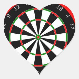 Enviciado a los dardos pegatina en forma de corazón