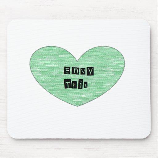Envidia verde este corazón tapete de raton