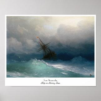 Envíe en tormenta tempestuosa del paisaje marino d posters