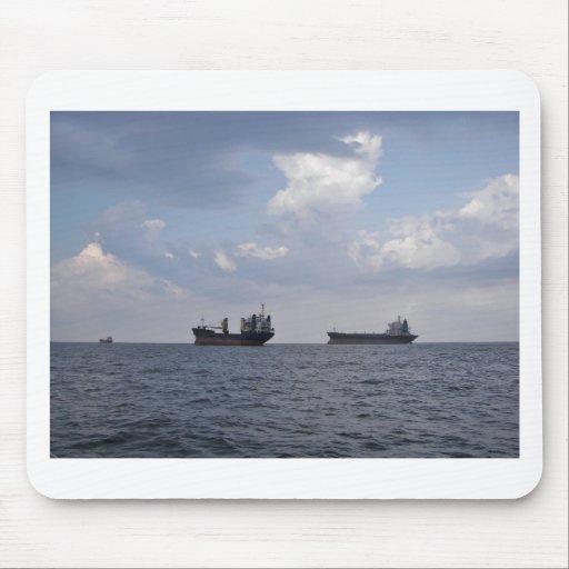 Envío en el Mar Negro Tapete De Raton
