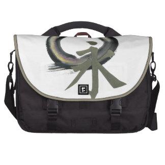 Enzo con el kanji que significa para siempre bolsas para portatil