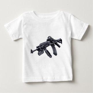 EOTech vio el rifle de asalto táctico de AK-47 Playera De Bebé