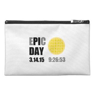 """Epic Pi Day - E""""PI""""C Day Apple Lattice Pie Travel Accessory Bag"""