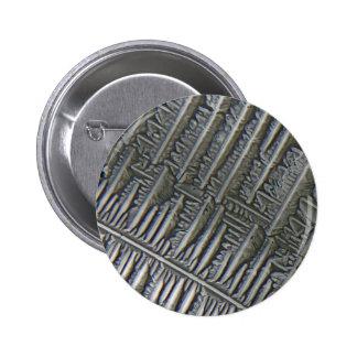 Epsomite under the microscope pin