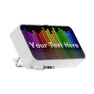 Equalizador de la música del arco iris con su text laptop altavoces