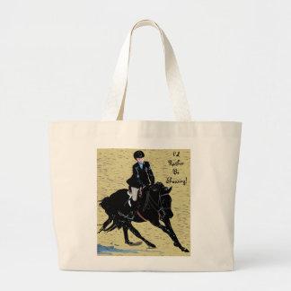 Equestrian lindo de la demostración del caballo bolsa