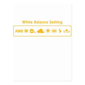Equilibrio blanco tarjeta postal