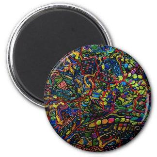 Equilibrio delicado de los mundos abstractos imán redondo 5 cm
