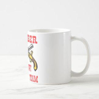 Equipo #003 de la respuesta de la tiranía   del taza de café