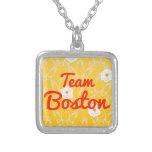 Equipo Boston Collares