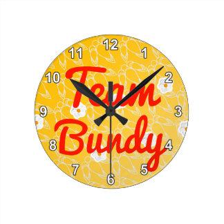 Equipo Bundy Relojes De Pared