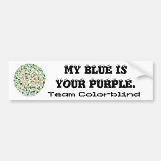 Equipo daltónico:  Mi azul es su púrpura Pegatina De Parachoque