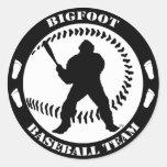 Equipo de béisbol de Bigfoot Pegatina Redonda
