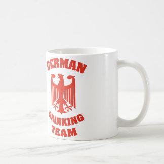 Equipo de consumición alemán taza