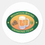 Equipo de consumición Biking de la montaña Pegatina Redonda