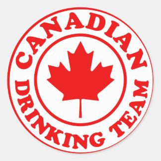 Equipo de consumición canadiense pegatina redonda