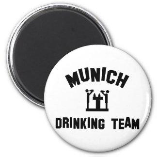 Equipo de consumición de Munich Imán Redondo 5 Cm