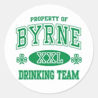 Equipo de consumición del irlandés de Byrne Pegatina Redonda