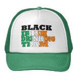 Equipo de consumición del irlandés negro gorras