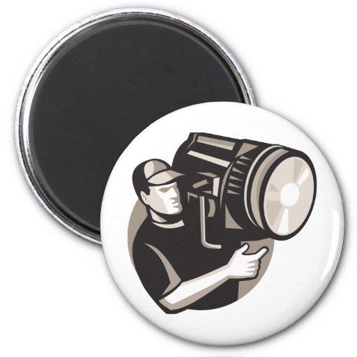 equipo de filmación con la luz de fresnel del proy imán para frigorífico