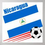 Equipo de fútbol nicaragüense posters