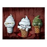 ¡Equipo de Halloween de los monstruos! Tarjeta Postal