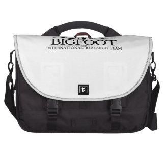 Equipo de investigación internacional de Bigfoot Bolsas Para Portatil
