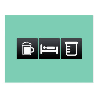 Equipo de la bebida, del sueño y de la ciencia tarjeta postal