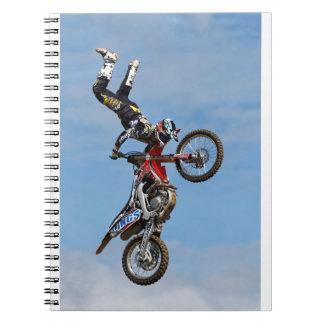 Equipo de la exhibición de los Lings FMX de Spiral Notebooks