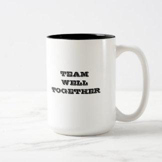 Equipo de la medicina del trabajo tazas de café