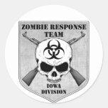 Equipo de la respuesta del zombi: División de Iowa Pegatina Redonda