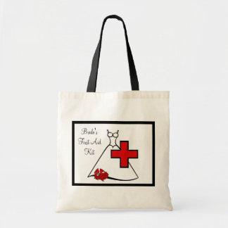 Equipo de los primeros auxilios de la novia bolsas