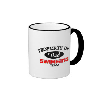 Equipo de natación de los papás taza de dos colores