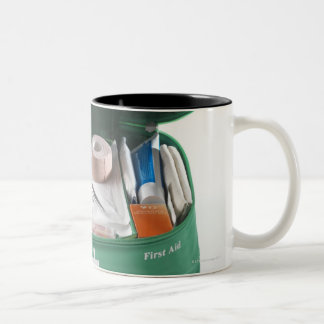 Equipo de primeros auxilios taza de café