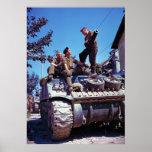Equipo de un tanque de Sherman al sur de Vaucelles Poster