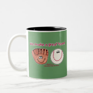 Equipo del béisbol y del guante de béisbol tazas de café