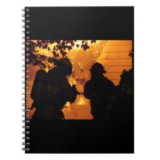 Equipo del bombero cuadernos