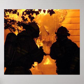 Equipo del bombero posters