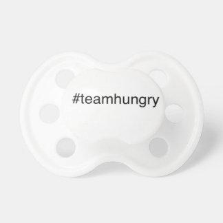 equipo del hashtag chupetes de bebé