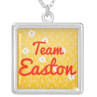 Equipo Easton Grimpola