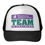 Equipo en ropa del entrenamiento gorra