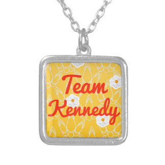 Equipo Kennedy Grímpola