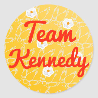 Equipo Kennedy Etiqueta Redonda