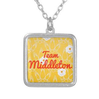 Equipo Middleton Pendientes Personalizados